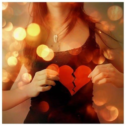 hand,signoflove,sagittarius,love,broken,girl-d56f69a5ed3a93b2c8b481eae7e668bc_h