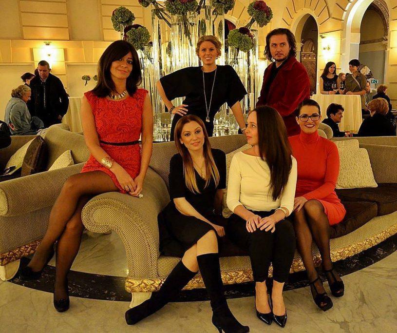 A fotón: Oroszlán Szonja, Rúzsa Magdi, Juhász Anna (az est háziasszonya), Moizer Zsuzsa, Kentaur és természetesen Szentesi Évi.