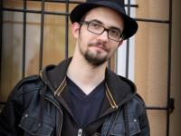 """""""Versírás a lejtőn haladva""""-Interjú Tamaskó Gáborral"""