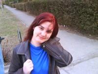 Interjú egy fiatal költőlánnyal, Hansel Zsuzsannával