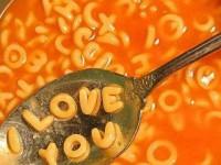 Betű a levesben
