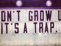 Tényleg muszáj felnőni?