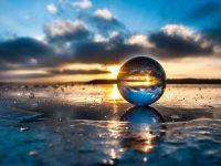 Tökéletlen üveggolyó