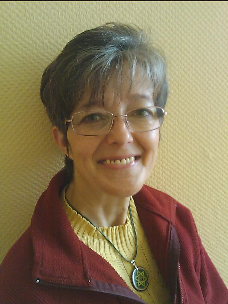 foldi-gyongyi-12-09