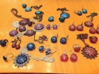 Dotillizmus, avagy a pöttyök szabályos mozaikvilága – interjú Nyíri Chloé-val