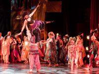 Színházi táncos szeretnél lenni? Itt a lehetőség!